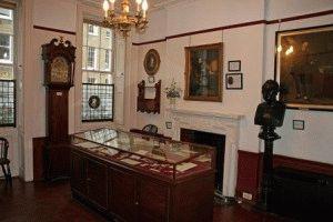 Charles Dickens Museum Музей Диккенса посетить с детьми