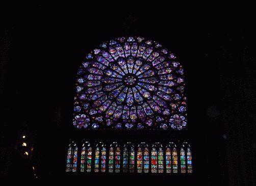 Витражи собора Нотр Дам де Пари фото