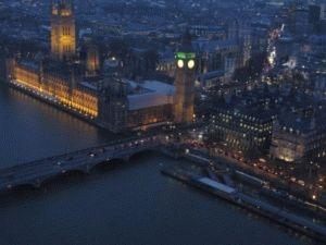 Лондон с вечерней подсветкой с высоты птичьего полета