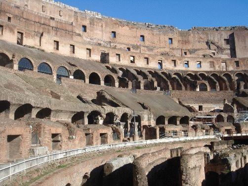 фото галерей Колизея в Риме