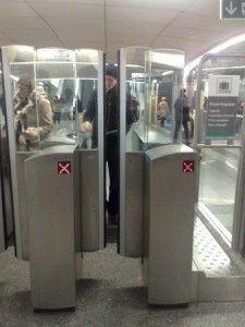 турникет париж метро