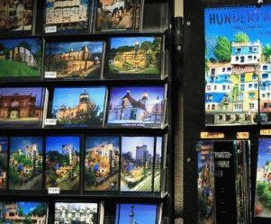 Hundertwasser сувенирный магазин в Вене фото