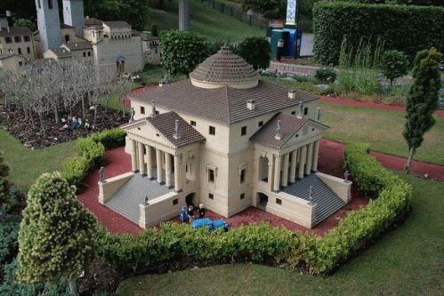 Legoland домики фото