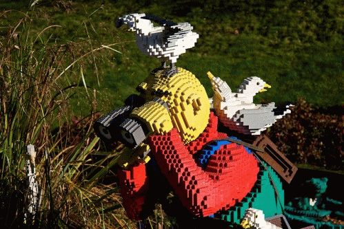 Legoland фото охотник из лего