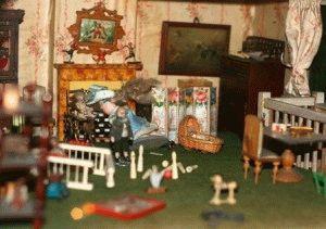 Museum Of Childhood кукольный домик фото