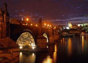 Вечером тоже есть что посмотреть в Праге детям фото