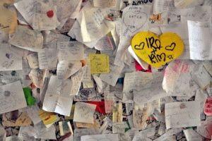 дом Джульетты Верона записки фото