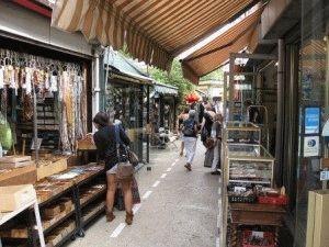 Saint-Ouen блошиный рынок Париж фото