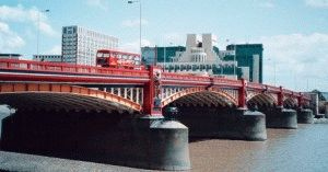 Vauxhall Bridge London мост Воксхолл Лондон фото