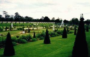 Хэмптон Корт парк лондон фото
