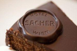 торт Захер круглая шоколадная медаль Original Sacher-Torte фото