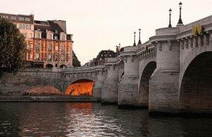 Pont Neuf новый мост париж фото