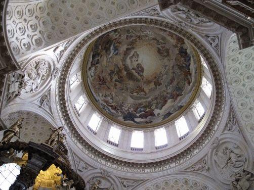 купол церкви валь-де-грас париж фото
