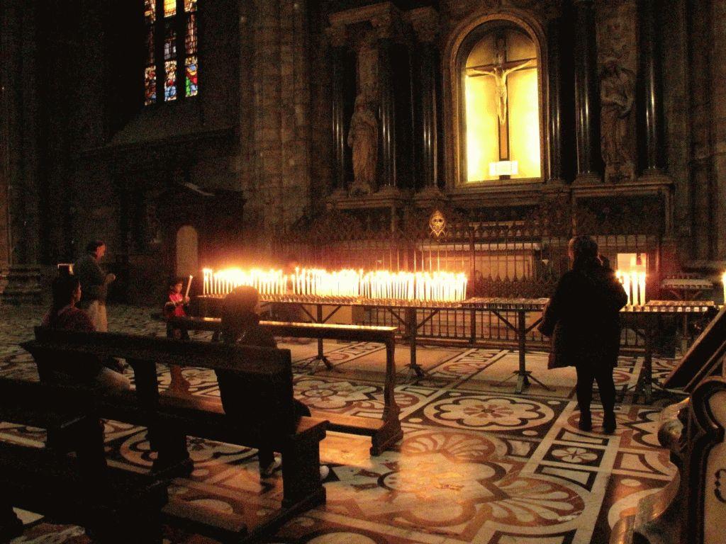 свечи миланский дуомо фото