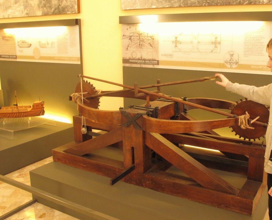 модель баллисты Леонардо да Винчи фото