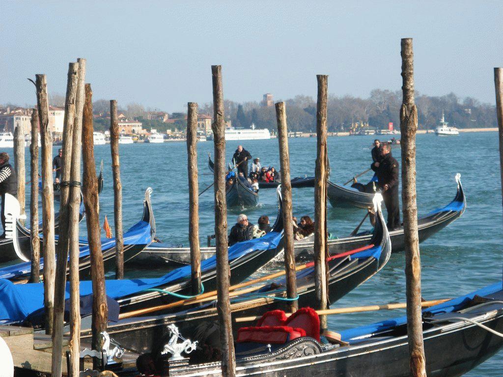 Венецианский карнавал гондолы