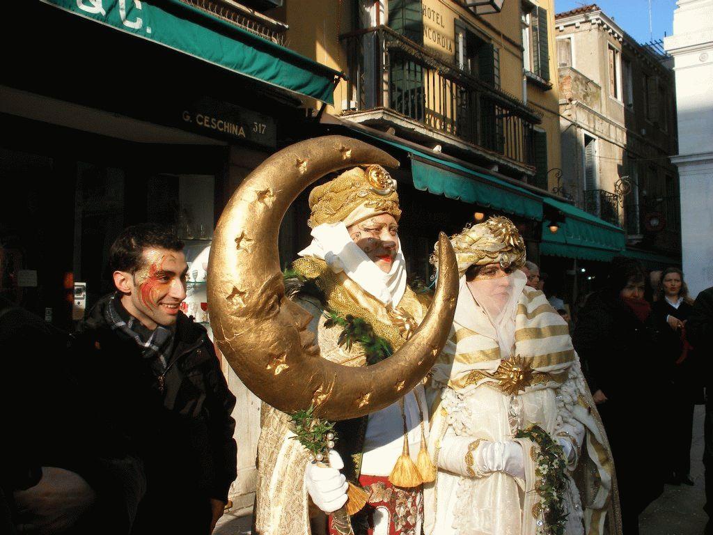 Венецианский карнавал зима