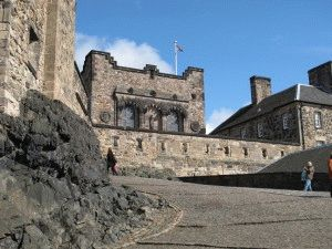 Эдинбургский замок достопримечательность фото