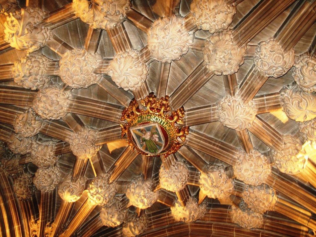Часовня Ордена Чертополоха потолок фото