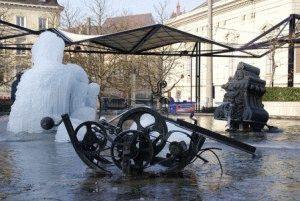 фонтан Тенгли фото Базель