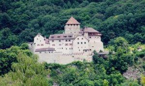 замок Вадуц фото