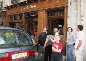 где находится мороженое бертильон в париже