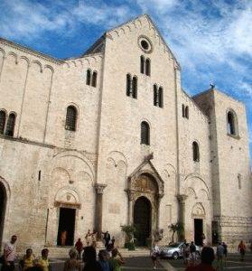 Бари церковь Святого Николая Чудотворца Basilica di San Nicola фото