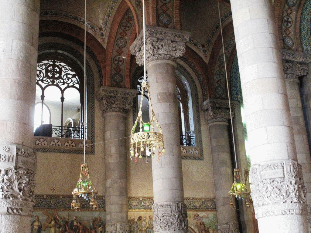 внутри церкви саграт кер тибидабо фото