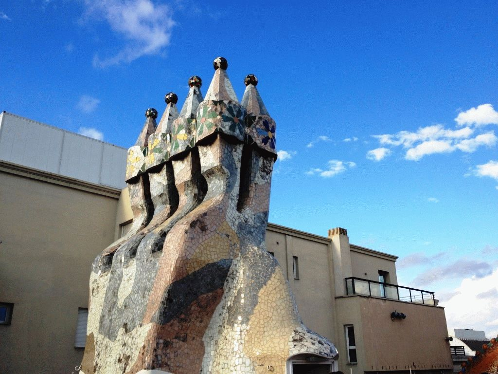 крыша дом Батло фото Барселона Гауди