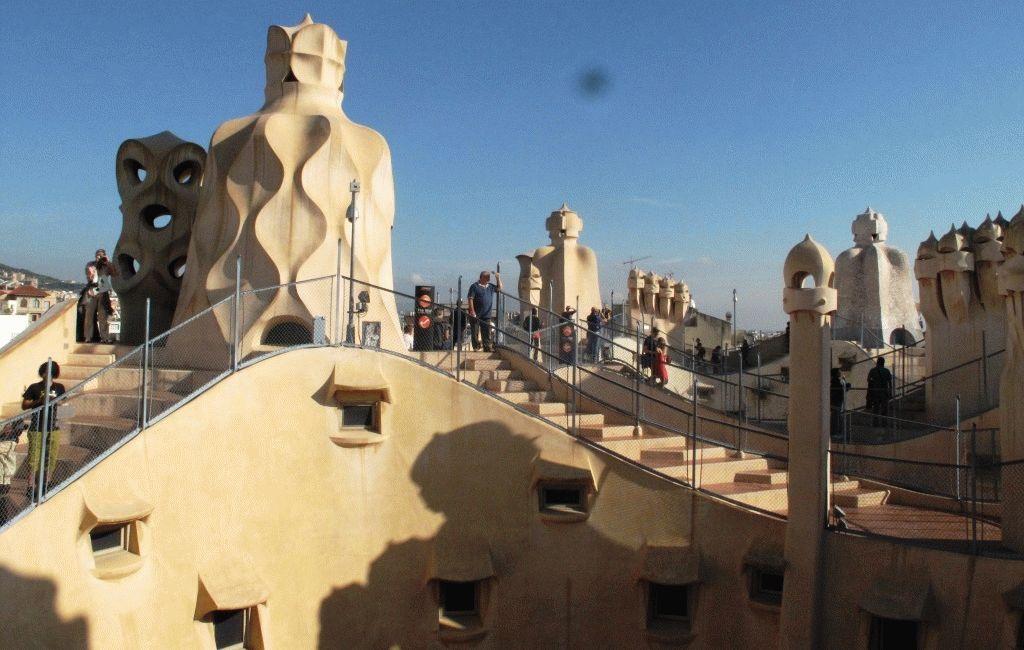 Ла Педрера крыша фото Барселона