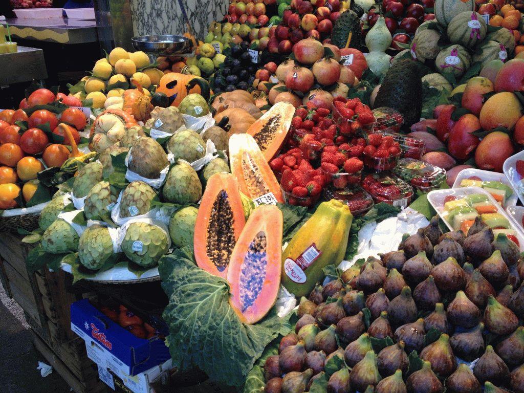 фрукты рынок Бокерия Барселона фото