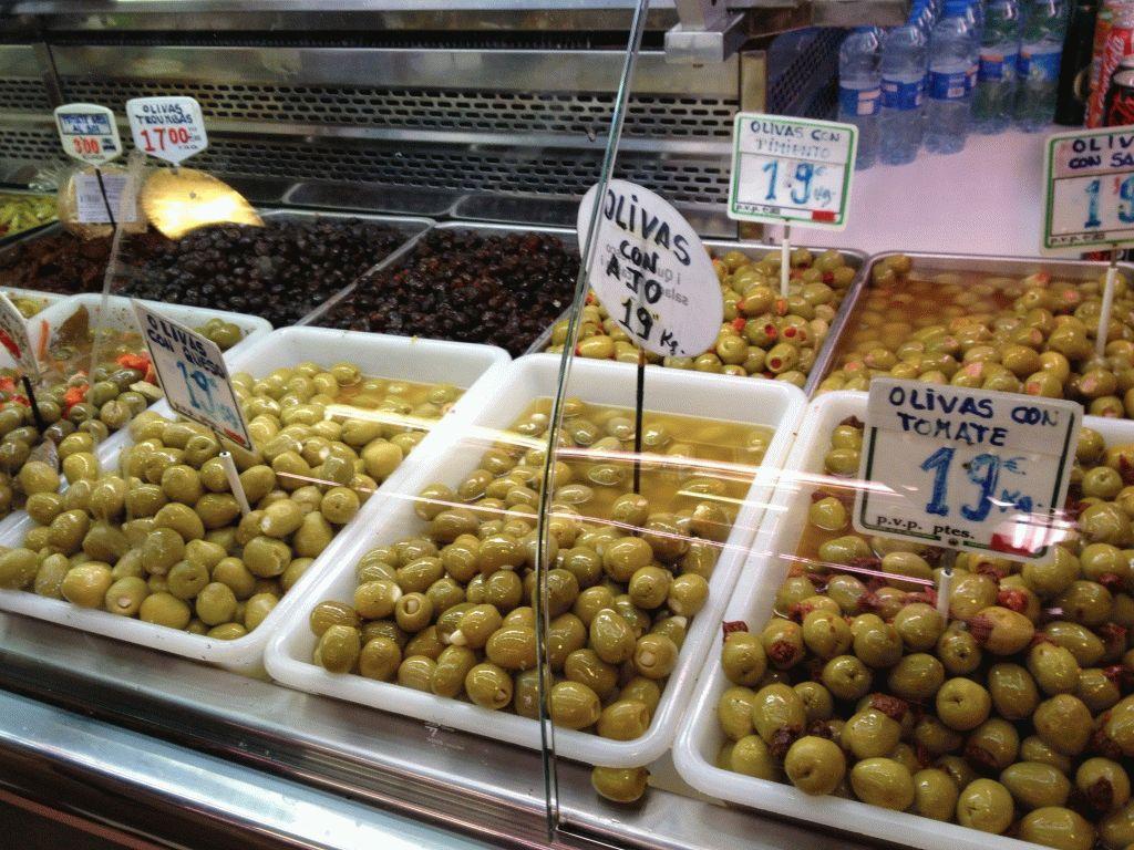 оливки рынок Бокерия Барселона фото