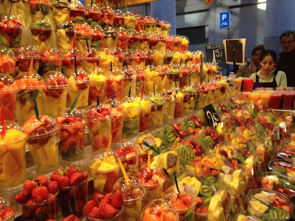 фруктовые салаты рынок Бокерия Барселона фото