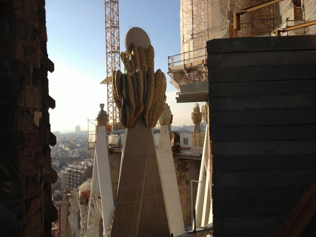 фото с башни саграда фамилия барселона