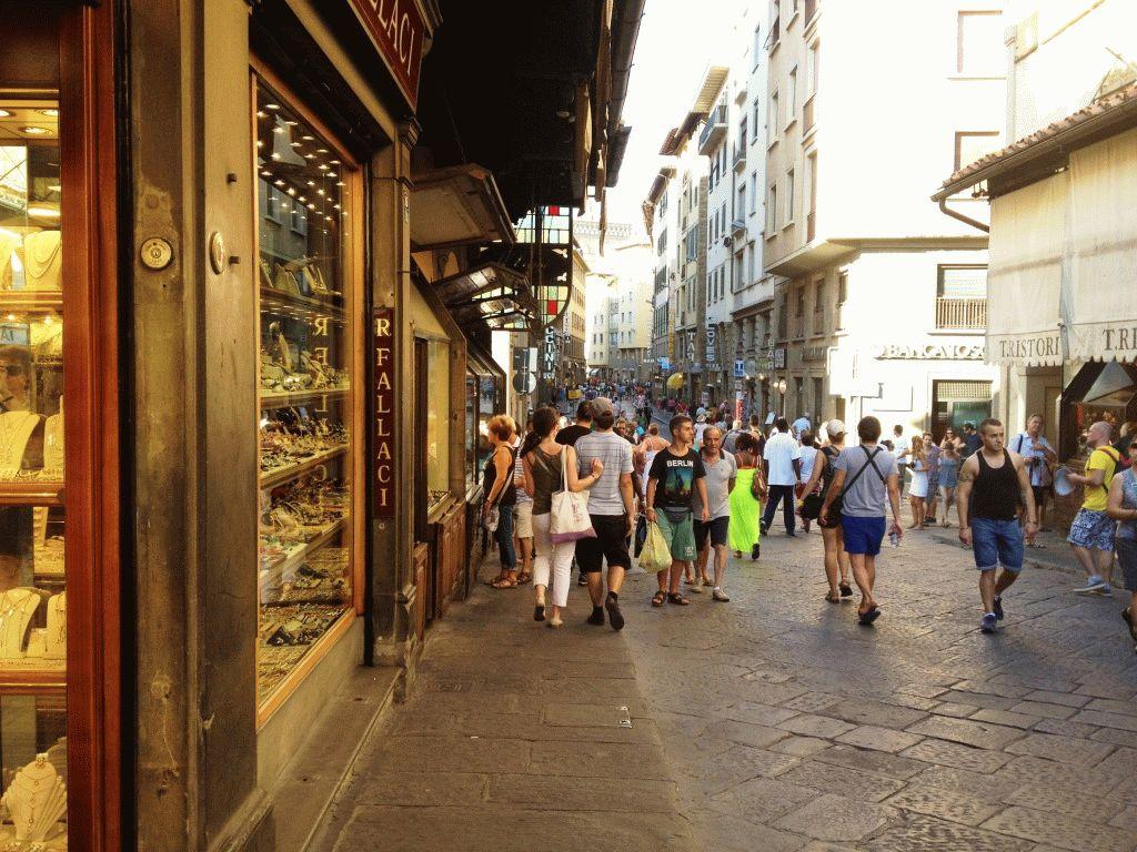 магазины на понте веккьо во Флоренции фото
