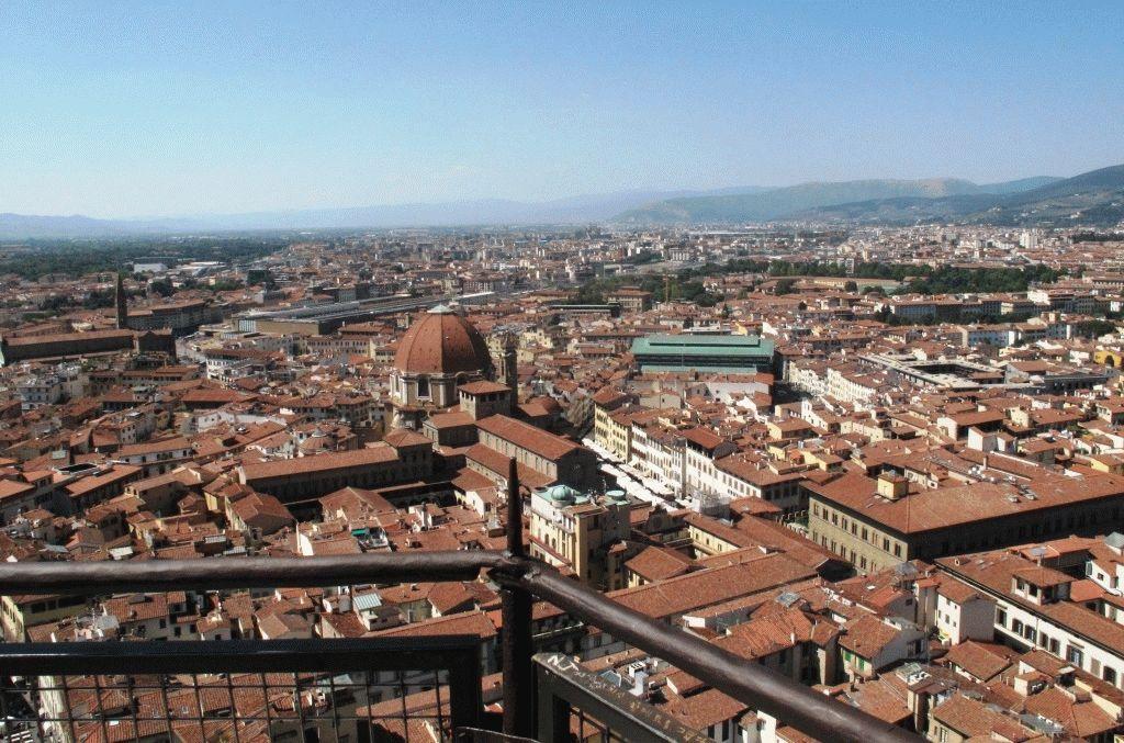 Вид на Флоренцию с Дуомо фото