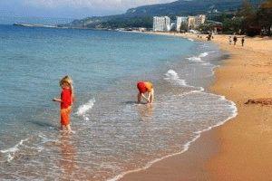 Отдых с детьми на море в Болгарии фото