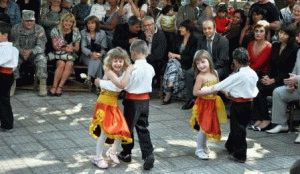 с ребенком в Болгарии фото