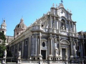 Катания церкви достопримечательности фото