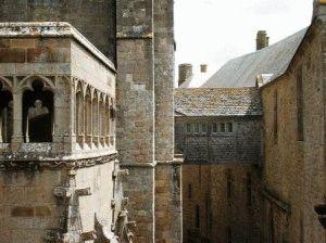 Внутри замка Мон Сен Мишель Франция фото