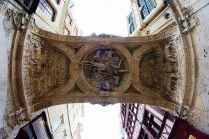 часы Gros-Horloge Руан фото