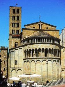 церковь Санта Мария Ареццо Италия фото