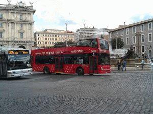 Туристический двухэтажный автобус в Риме TramBus Open фото