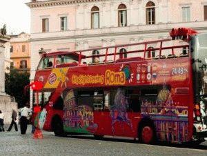 Туристический двухэтажный автобус в Риме City Sightseeing  фото