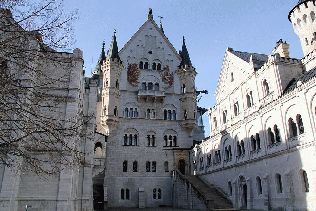 Замок Нойшванштайн Германия фото