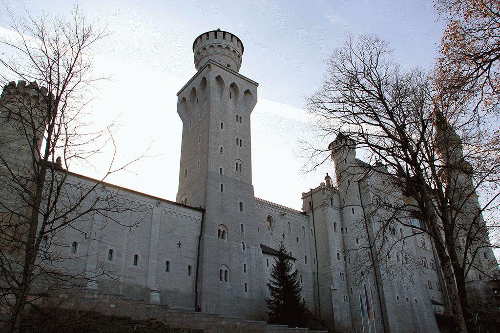Замок Нойшванштайн Бавария фото