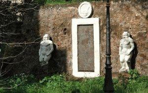 Рим магическая дверь фото