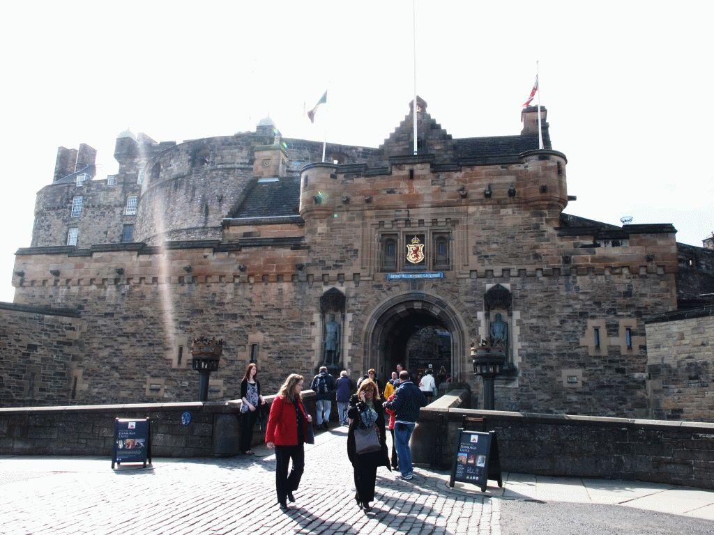 Эдинбург крепость фото Шотландия
