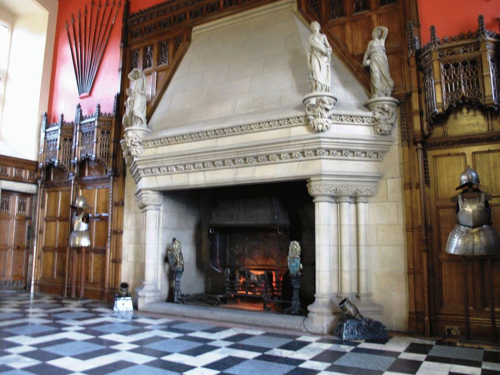 внутри Эдинбургского замка фото