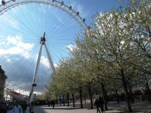 поехать в Лондон в марте фото